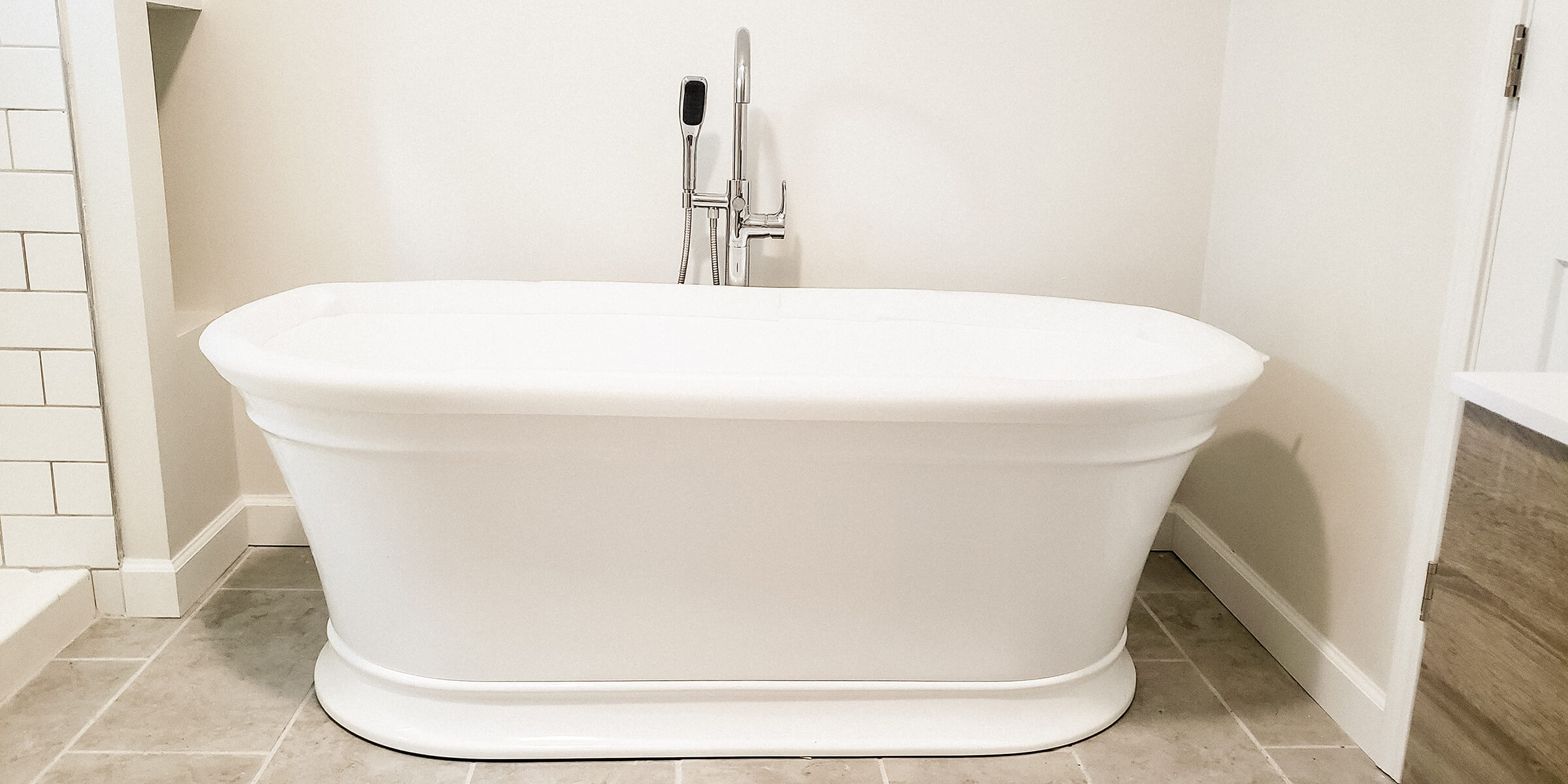 Soaker tub in Broad Ripple, Indiana Bathroom Remodel by Modern Touch Contracting in Indianapolis, Indiana