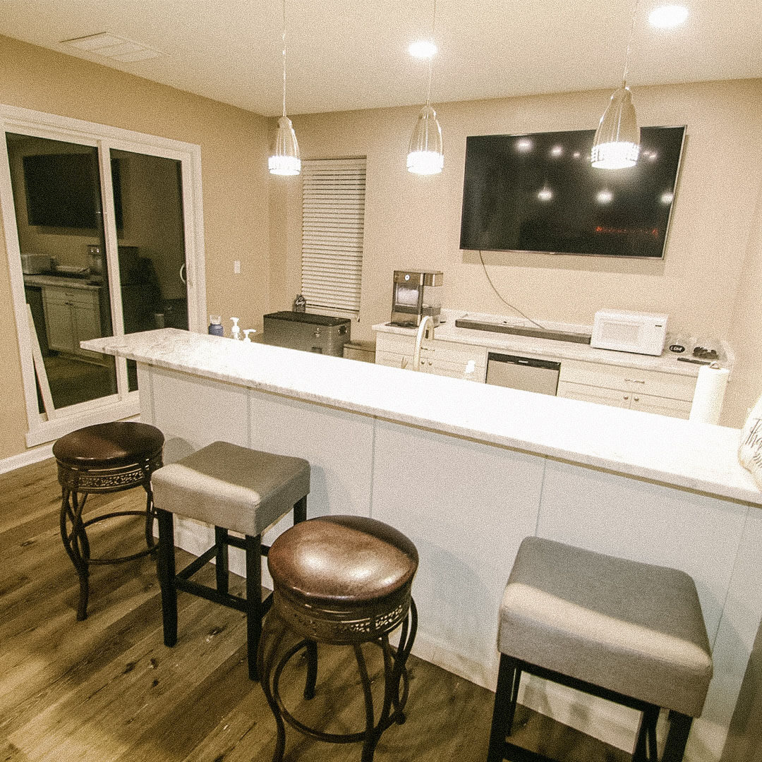 Indian Hills, Indiana basement remodel Bar and marble countertops - construction by Modern Touch Contracting